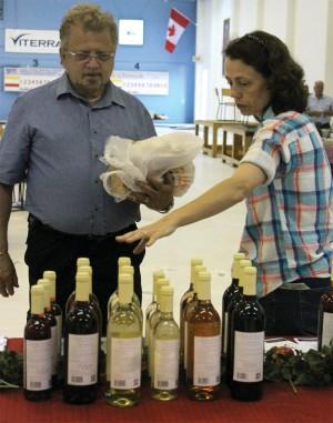helen manzara selling organic wines