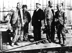 Atco Gas drilling crew 1912