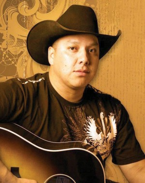 Country singer-songwriter Armond Duck Chief joins the 'On the Verge of a Journey' show.