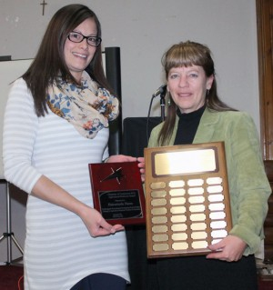 Alana Oudshoorn from Fairwind Farms accepted the Agricultural Business Award from Sharon Lecocq.