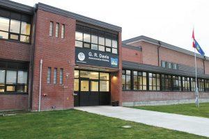 gr davis school